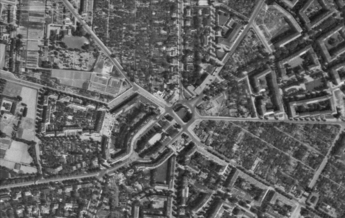 Breitenbachplatz, Dezember 1953